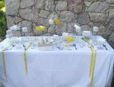 una golosissima confettata per questo matrimonio dai colori vivaci del giallo