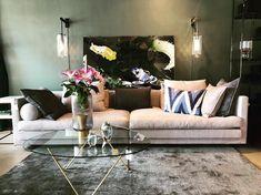 """Sofa-crush 💚 Det er ingen hemmelighed, at vi har stor passion for sofaer og særligt sofaer fra #eilersen Denne smukke """"Cocoon"""" står i… Lounge, Passion, Couch, Furniture, Instagram, Design, Home Decor, Airport Lounge, Homemade Home Decor"""