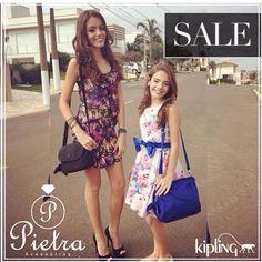 Kipling original e um preço incrível, só na Pietra !!! @pietra.acessorios modelos @bii_castro_ @_laura_castro make: Thaís Pohl look: Chocoletá kids.