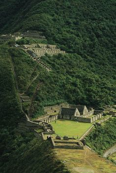 "Choquequirao or ""Cradle of Gold"" is a ruined Inca city in south Peru, similar in structure/architecture to Machu Picchu. Ruins are buildings/terraces at levels above and below Sunch'u Pata, truncated hill top, which was anciently leveled/ ringed w stones to create a 30 by 50 m platform.Choquequirao is in the spurs of the Salkantay Mountain Range in the Province La Convención in the Cusco region above the valley of river Apurímac River. The complex is 1800 hectares, of which 30–40% is…"