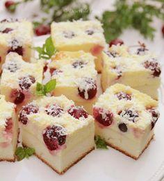 Prajitura cu branza dulce si cirese - Desert De Casa - Maria Popa Sweets, Sugar, Cakes, Food, Sweet Pastries, Meal, Goodies, Cake, Eten
