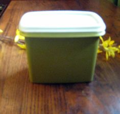Tupperware storage container,Rectangle Tupperware,Olive Green Tupperware,Kitchen containers,Picnic storage at Designs By Willowcreek on Etsy Snack Containers, Kitchen Containers, Storage Containers, Tupperware Storage, Baking Items, Vintage Kitchen, Olive Green, Picnic, Good Things