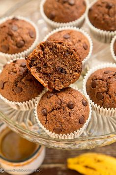 MUFFINS CU BANANE SI CIOCOLATA | Diva in bucatarie Toddler Meals, Toddler Food, Nutella, Muffins, Cupcakes, Cookies, Breakfast, Desserts, Dessert Ideas