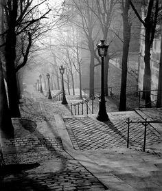 onlyoldphotography:  Brassaï: Les Escaliers de Montmartre, Paris, 1930