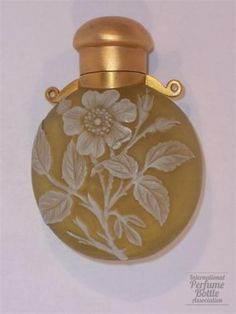 English Cameo bottle by Thomas Webb & Son, c.late 19th century