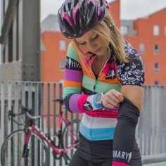 Canary Hill Rainbow fietsshirt voor dames - Canary Hill Funky Design, Glamour, Rainbow, Womens Fashion, Sports, Rain Bow, Hs Sports, Rainbows, Women's Fashion