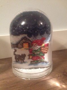 Snow globe with christmas pattern