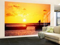 Boats on Sea at Sunset Wall Mural – Large por Tom Cockrem en AllPosters.es