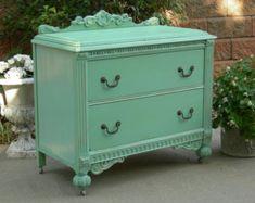Pretty dresser...