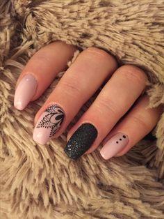 Awesome nail arts you have to try. Get Nails, Fancy Nails, Love Nails, Pretty Nails, Nagel Stamping, Nail Drawing, Mandala Nails, Fall Nail Art Designs, Liquid Nails