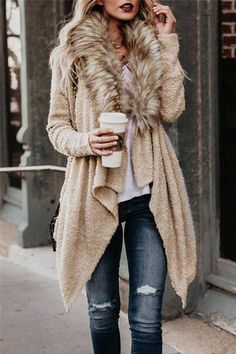 This coat is so stylish and fun! Fur Collar Asymmetric Hem Coats The fur makes this standout and gives any outfit a chic look. Cardigan Boho, Fashion Moda, Womens Fashion, Cheap Fashion, Asymmetrical Coat, Coats For Women, Clothes For Women, Winter Stil, Fall Winter