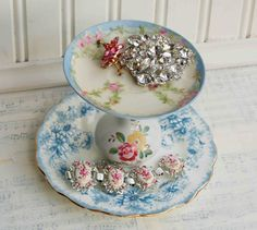 Vintage Jewelry Stand/Cup Cake Stand