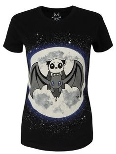 Imagine if 'How To Train Your Dragon' had pandas in it? Picture it, doesn't it look awesome!? Well, introducing this awesome black tee by Killer Panda, which is illustrated with the plucky panda, gallantly riding a black dragon across a moonlit sky. Let's be honest, what more could you ask for in a t-shirt?