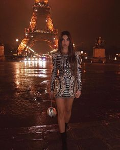 mmirandalaurenn - rainy nights in balmain for paris fashion week Star Fashion, Girl Fashion, Fashion Outfits, Ladies Fashion, Sporty Outfits, Night Outfits, Balmain, Posh Dresses, Negin Mirsalehi