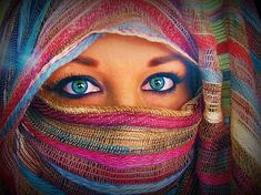 Pretty eyes. #Eyes #Photography #Colorful