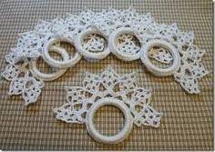Resultado de imagem para napkin ring crochet pattern Crochet Potholders, Crochet Motif, Crochet Doilies, Crochet Stitches, Crochet Home, Crochet Baby, Knit Crochet, Quilt Corners, Crochet Edgings