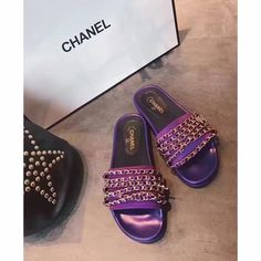 Chanel woman slippers chain design slides