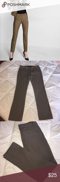 """Express, Columnist pants EUC, straight leg, Mid-rise Hidden hook and button closure, zip fly Slant hand pockets, welt back pockets 32""""inseam Polyester/Cotton/Spandex Machine wash Express Pants Trousers"""