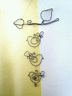 33 awesome wire crafts to do cool things .- 33 awesome wire crafts to do cool things … - Wire Crafts, Crafts To Make, Jewelry Crafts, Arts And Crafts, Wire Wrapped Jewelry, Wire Jewelry, Jewellery, Sculptures Sur Fil, Stylo 3d