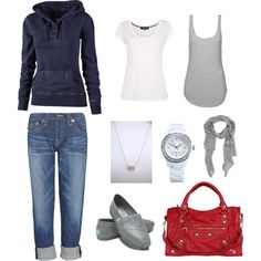 Cute 'n comfy mom outfit for watching my kiddos many sporting events.