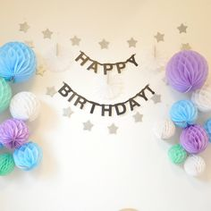 お誕生日の飾り付け子どもの思い出に残る空間にしよう Birthday Drinks, Birthday Diy, Birthday Images, Birthday Balloons, Happy Birthday, First Communion Decorations, 1st Birthday Decorations, Birthday Party Themes, Creative Food Art