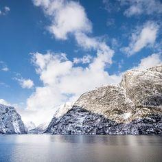 Norway in a nutshell® tour -Bergen Railway and the breathtaking Flåm Railway. Aurlandsfjord and Nærøyfjord