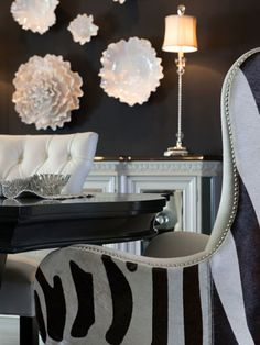 Like a well-fitted tuxedo, the black and white color combo is a timeless style that leaves room for fun design experiments.