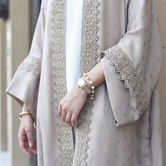 Our most popular robe! Similar abayas will be back in stock soon #qabeela #classic #modestdressing