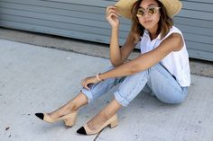 Mid Heel Shoe w/ Contrasting Toe Cap – Zara Cap Toe Shoes, Mid Heel Shoes, Chanel Pumps, Chanel Slingbacks, Vintage Mom Jeans, Beige Shoes, Heels Outfits, Zara, Mode Inspiration