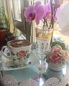 Coffee Gif, Coffee Latte Art, I Love Coffee, Coffee Cups, Tea Cups, Good Morning Gift, Good Morning Love Messages, Good Morning Coffee, Morning Mood