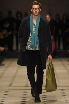 Burberry Men's RTW Fall 2015 - Slideshow