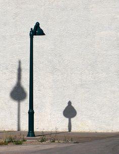 Making Interesting Photos from the Mundane: 30 Creative Photos of Street Lamps | Light Stalking
