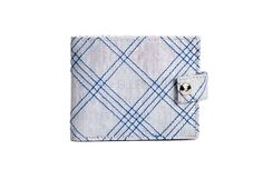 Plaid Wallet With Snap. Buy this and create economic opportunities for survivors and women at risk of trafficking. econom opportun, buy list, gift idea