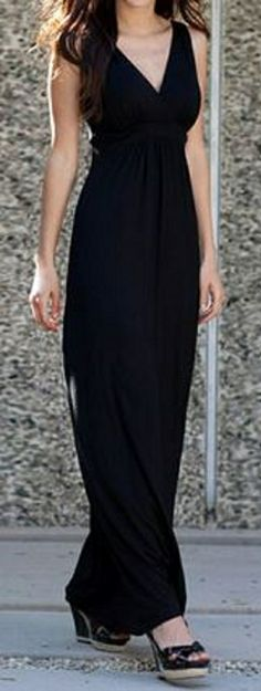Super Slimming Black Maxi Dress! Sexy Stylish and Comfortable all rolled into one great dress!