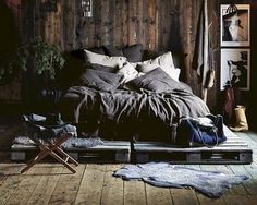 9 Spiritual Clever Tips: Simple Minimalist Home Benches chic minimalist bedroom living rooms.Minimalist Home Diy Declutter minimalist bedroom loft simple.Minimalist Living Room Apartment Home Office. Fall Bedroom Decor, Rustic Bedroom Design, Master Bedroom Design, Home Bedroom, Home Decor, Bedroom Ideas, Bedroom Inspiration, Fall Decor, Wooden Bedroom