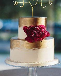 Os bolos pequenos são perfeitos para mini-weddings ou noivados!