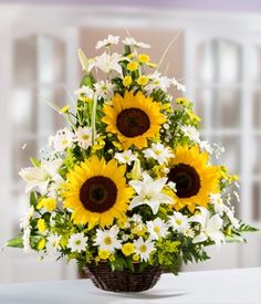 Sunflower Arrangements | Sunflowers on Sunday: How one small town celebrates sunflowers