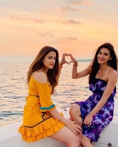 Kriti and Nupur chilling in Maldives 🏖️🏝️ Indian Bollywood Actress, Bollywood Girls, Beautiful Bollywood Actress, Bollywood Fashion, Bollywood Stars, Indian Actresses, Beautiful Girl Photo, Beautiful Girl Indian, Beautiful Indian Actress