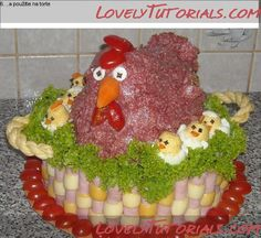 Chicken and chicks Cute Food, Good Food, Creative Food Art, Food Art For Kids, Edible Crafts, Sandwich Cake, Food Displays, Weird Food, Food Decoration