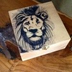 Custom handmade lion keepsake wood box ink by ARicherDesigns Pandoras Box, Dark Stains, Christmas Makes, Wood Boxes, Keepsake Boxes, Amazing Art, Great Gifts, Ink, Crafty