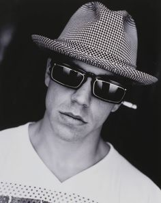 Anthony Kiedis in Vintage IDC I want those glasses