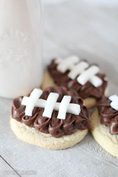 Looking for some easy to make DIY darling and delicious decorated football cookies ideas and recipes. Check out this article on how to make these cookies for your next football themed party. Whether you are using royal icing for the laces or buttercream frosting for the leather these are sure to be a crowd pleaser.  #footballcookies #easycookies #diycookies #howtomake #decoratedfootballcookies #footballparty