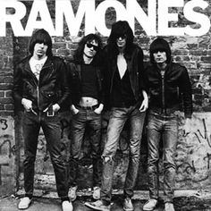 American punk rock group The Ramones. Left to right: Johnny Ramone - Tommy Ramone, Joey Ramone - and Dee Dee Ramone - Photo: Getty Images / RIP Tommy Greatest Album Covers, Classic Album Covers, Famous Album Covers, Rock Album Covers, Book Covers, Joey Ramone, Punk Rock, Rock And Roll, The Clash