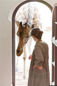 The Only Hotel In The World Where You Can Eat Breakfast With A Giraffe