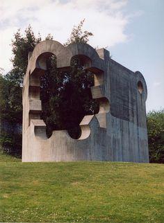 Chillida statue - Eduardo Chillida - Wikipedia