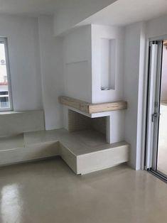 Μοντέρνο χτιστό τζάκι με διακόσμηση ξύλου Decor, House, Shelves, Deco, Home Decor, Fireplace, Stairs