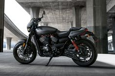 Introducing Harley-Davidson's new Street Rod for 2017. The new model utilises a 749-cc High Output Revolution X V-Twin engine producing 65 Nm of torque at 4,000 rpm which is much more powerful than its predecessor.