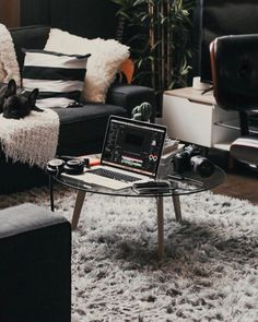Stylish Office Decor Ideas For Your Workspace - 5 Min Ideas Norms And Values, Corporate Office Decor, Diy Headboards, Healthy Environment, Stylish Office, Team Member, Feel Tired, First Home, Vibrant