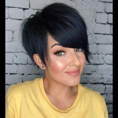 Pixie Haircut For Thick Hair, Edgy Short Hair, Short Curly Wigs, Short Hair Undercut, Short Hair Cuts For Women, Asymetrical Haircut, Pelo Pixie, Haircut And Color, Pretty Hairstyles