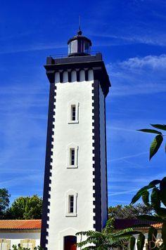 #Lighthouse - #Phare de Grave - Verdon sur Mer, #Gironde - http://dennisharper.lnf.com/